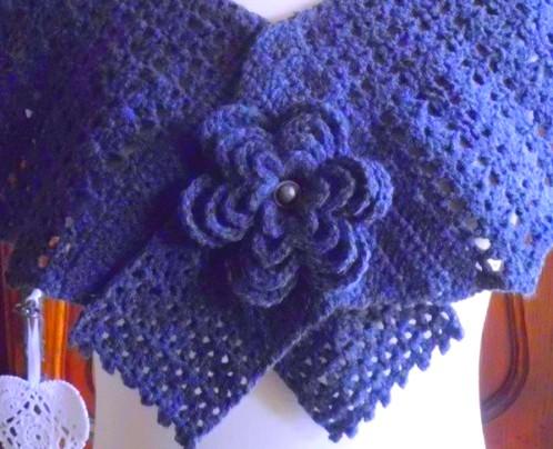 pelerines-fleuries-au-crochet-11