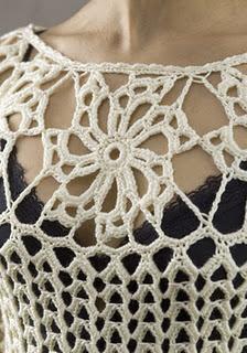 sophistiquee-blouse-au-crochet-avec-des-graphiques-5